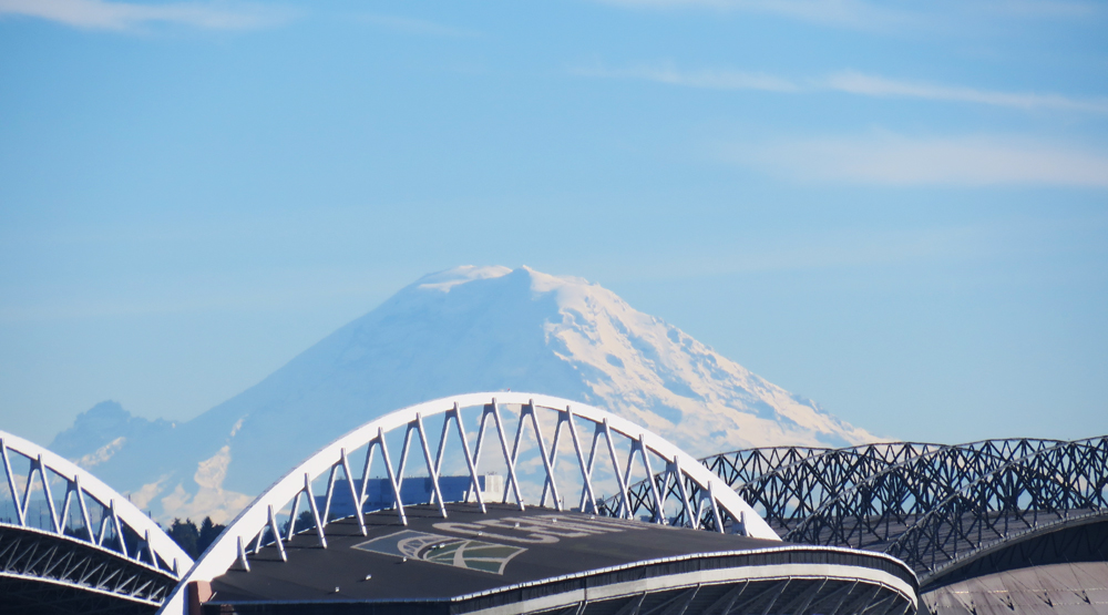 Mount Rainier, showing off over SODO