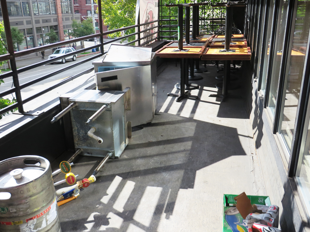 new bauhaus balcony