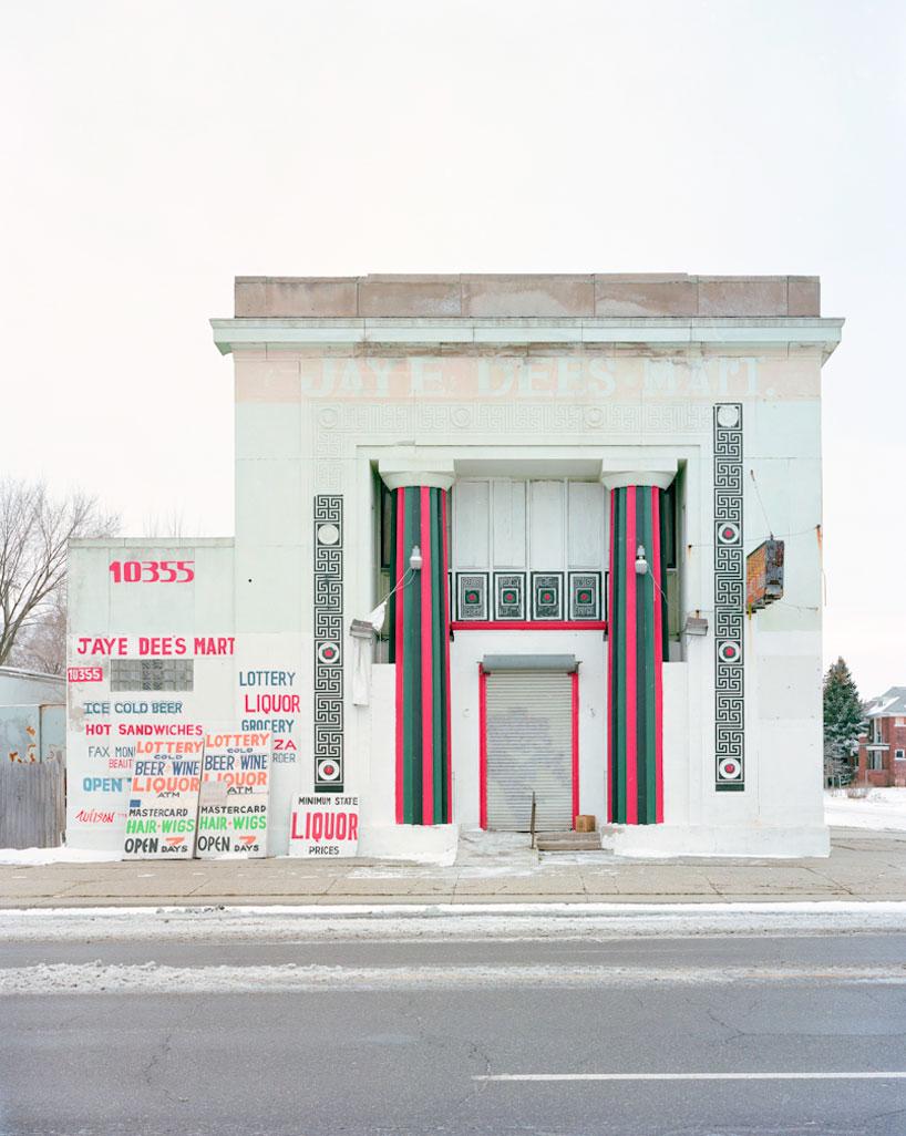 fancy bank
