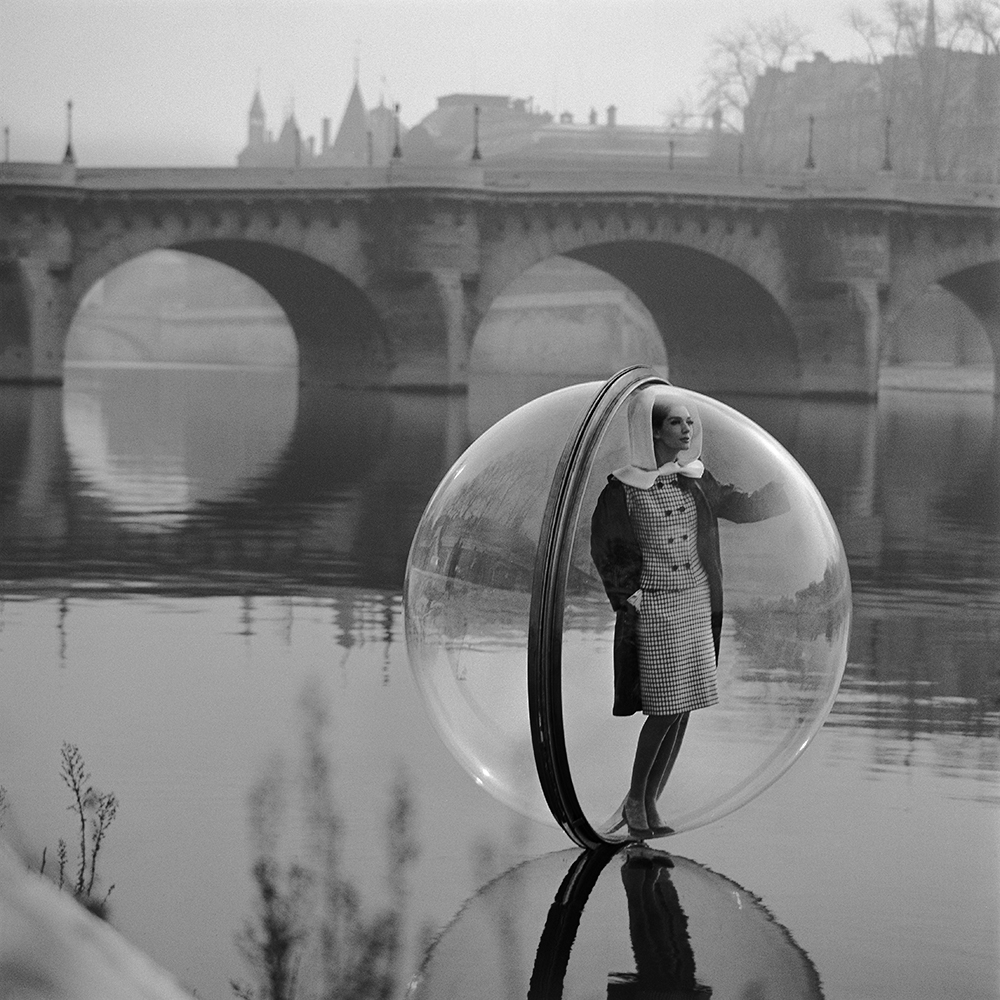 In the '60s, Models Floated Through Paris in Bubbles