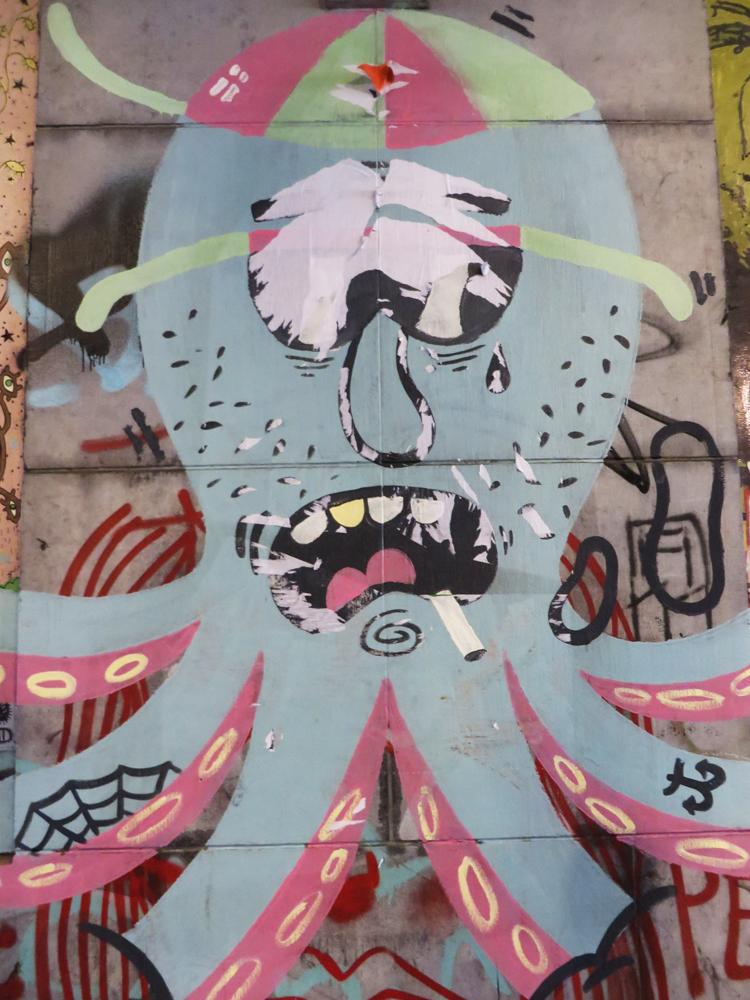 Octopus street art in Brussels