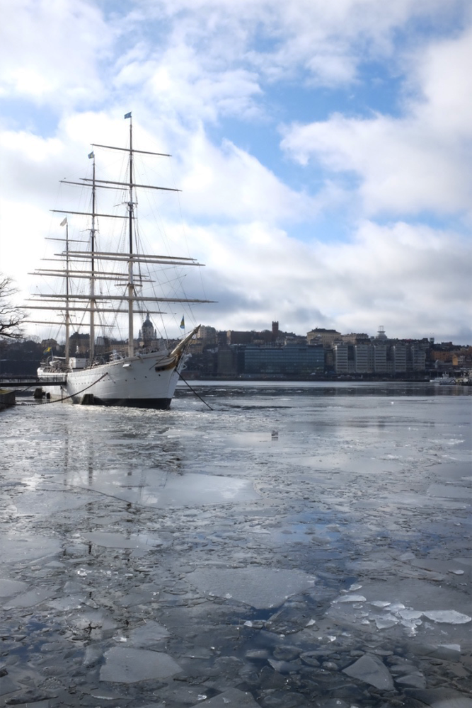 Af Chapman with ice shards on the water