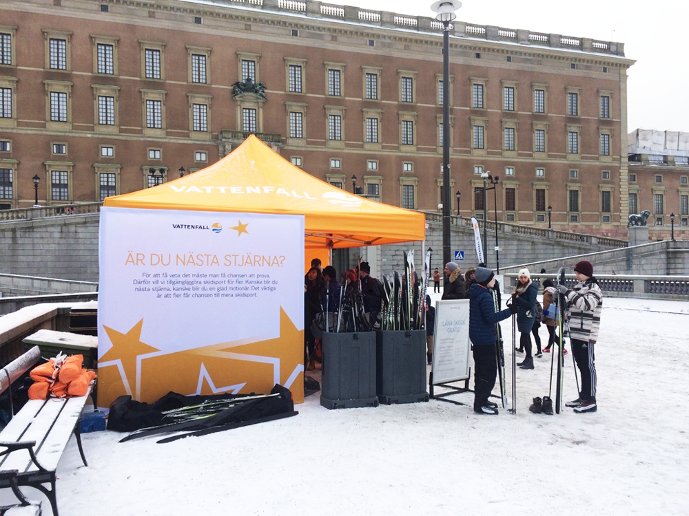 A free skis tent behind Stockholm's Royal Palace